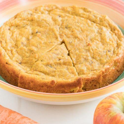 Sugar-free apple and carrot cake