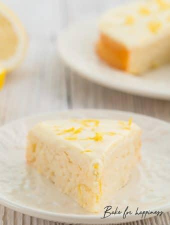 healthy yogurt and lemon cake