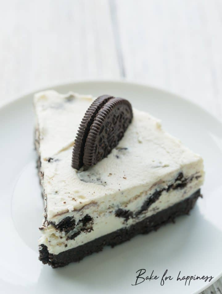 Delicious Oreo Biscuit Cake