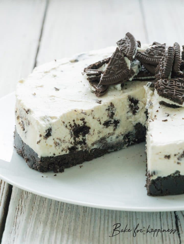 Easy-to-make Oreo Cheesecake Recipe