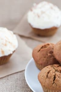 Best pumpkin cupcakes with cinnamon frosting