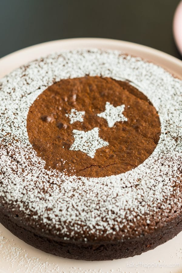 Moist flourless chocolate cake