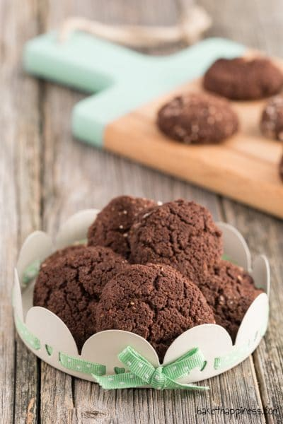 Low carb chocolate biscuits
