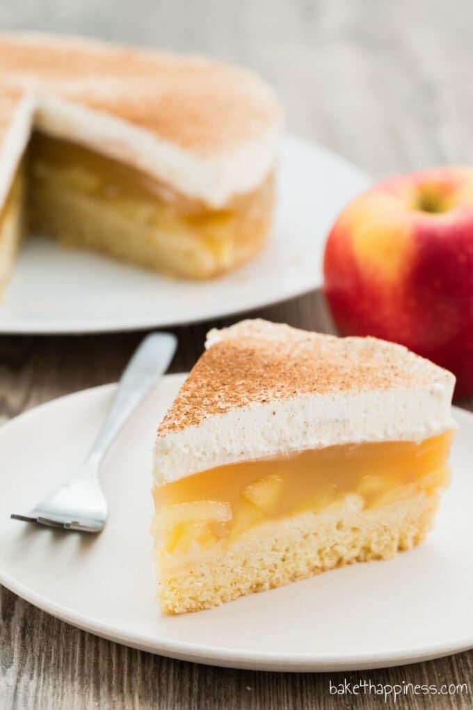 Apple pie with cream and cinnamon