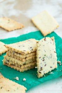 3-Ingredient Low Carb Keto Crackers