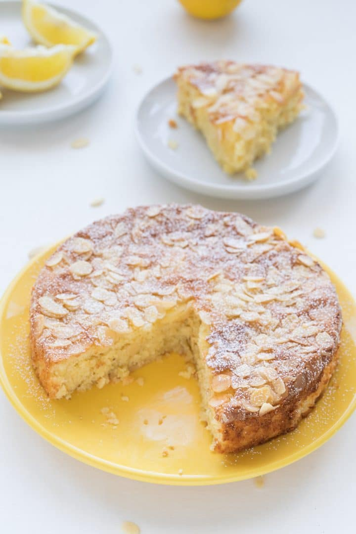 gluten-free almond cake with lemon