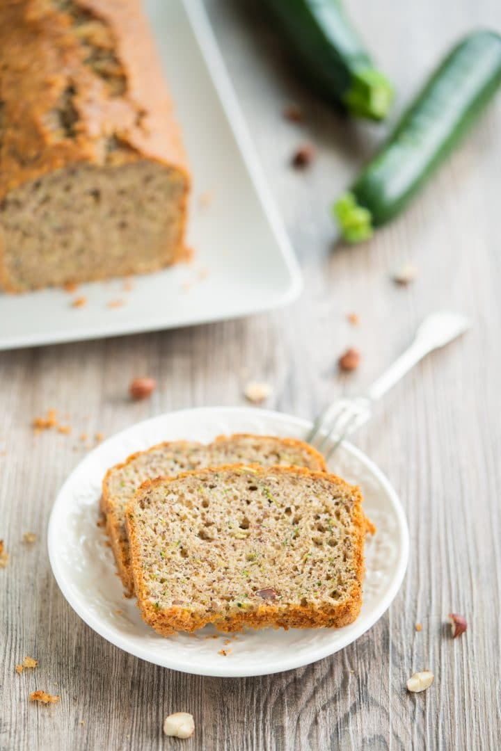 Nut cake with zucchini