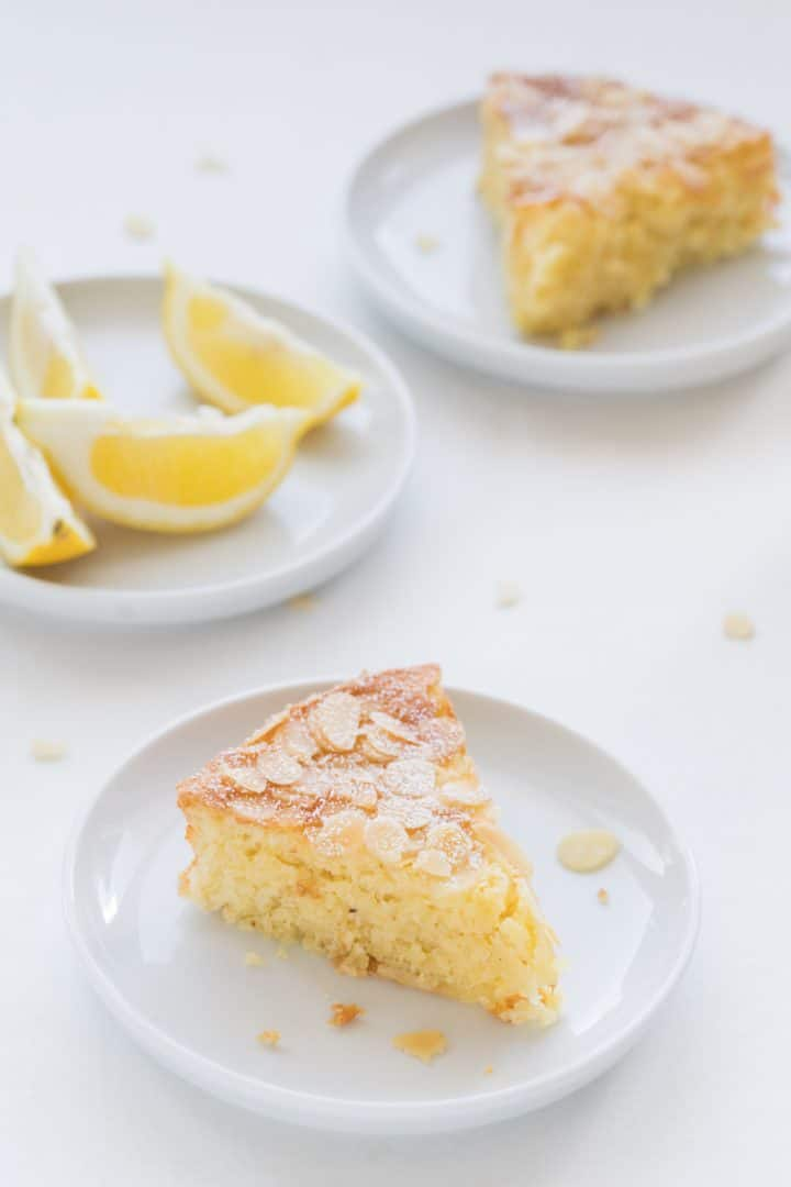moist almond and lemon cake
