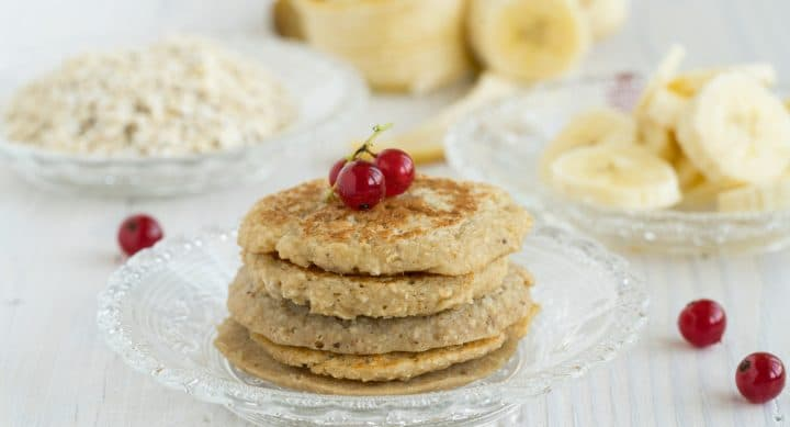 Healthy Oatmeal Pancakes