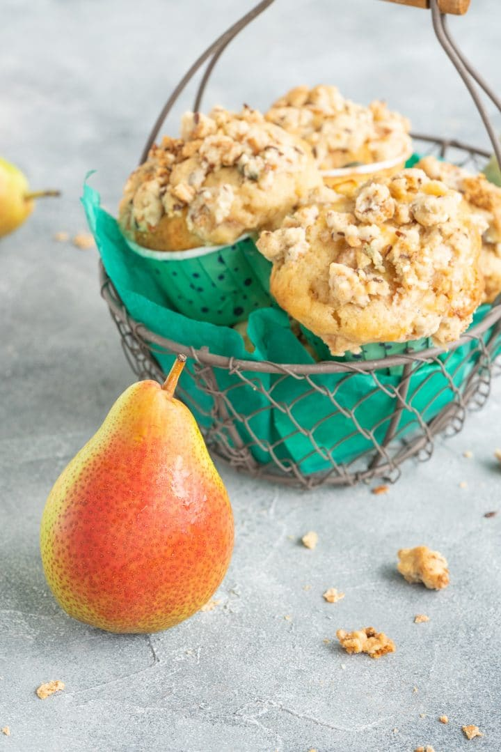 muffins with crumbles