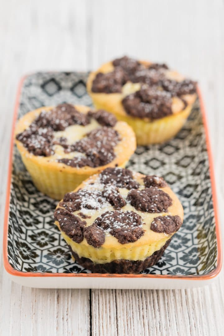 Cheesecake muffins with sprinkles