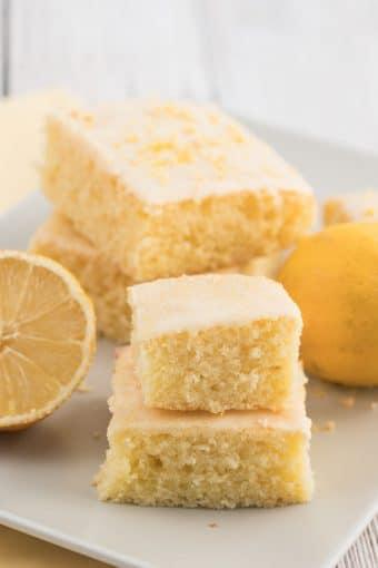 easy moist lemon sheet cake