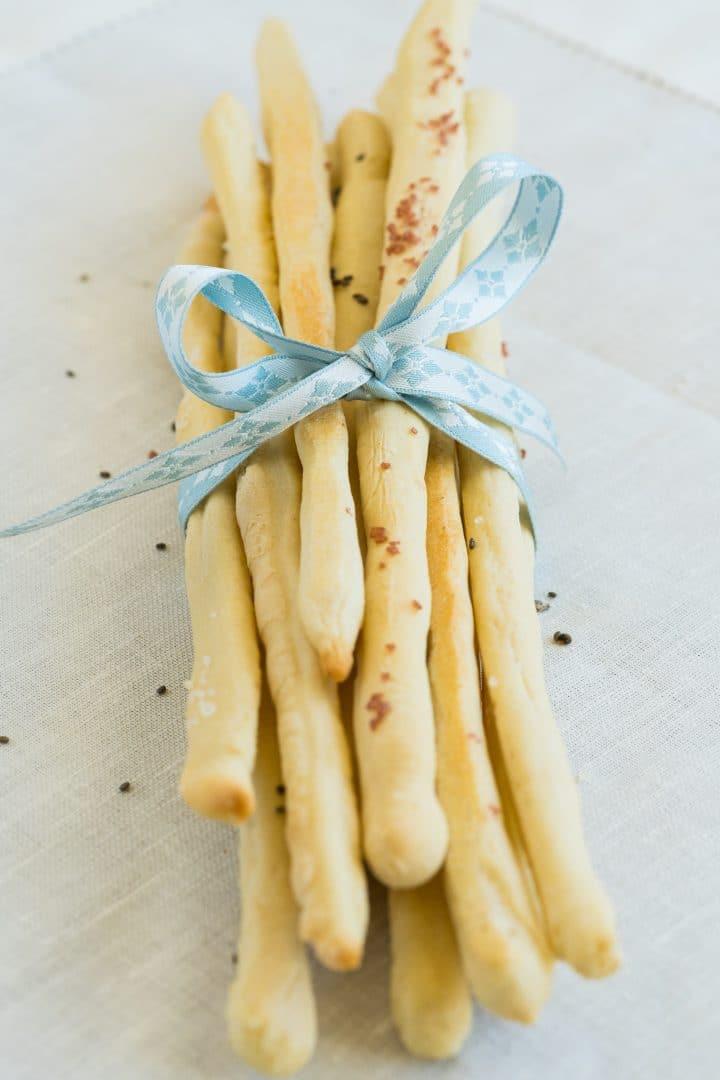 Easy Italian breadsticks