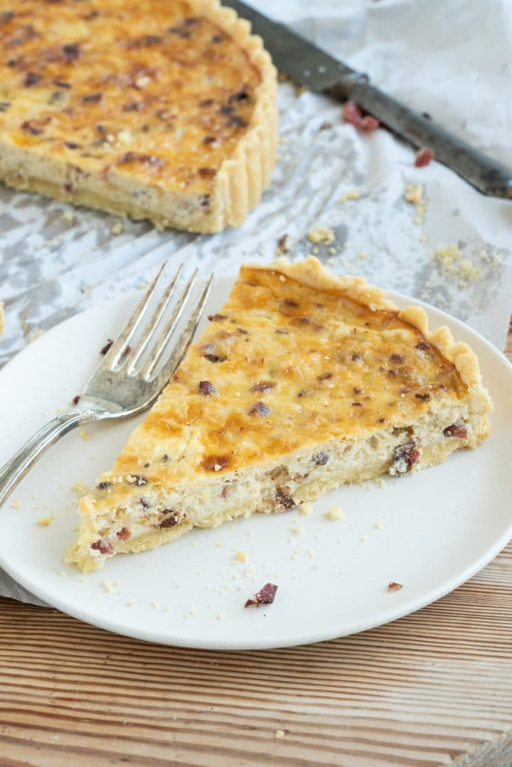 easy onion cake with sour cream
