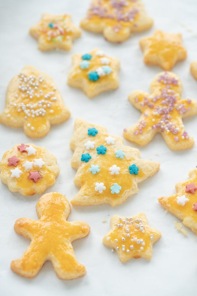 cut out sugar cookies for christmas