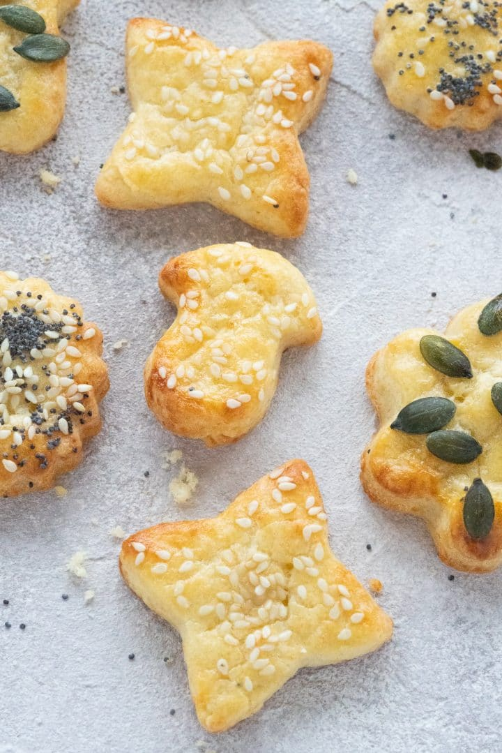 Delicious Cheese Crackers with Shortbread
