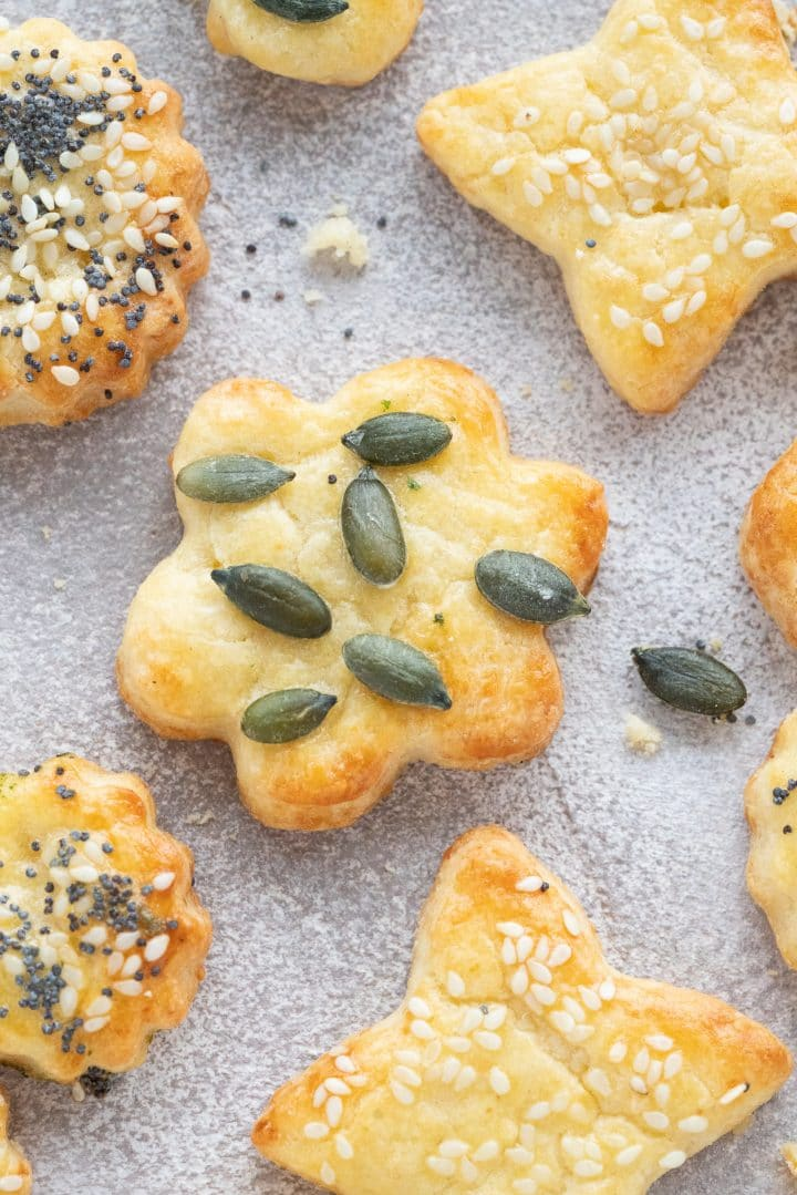 cut-out cheese shortbread cookies