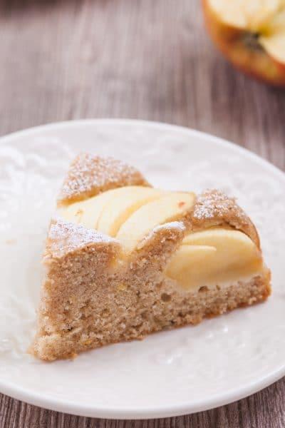 Healthy Low-Fat Apple Cake