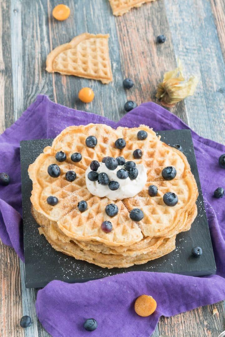 healthy flourless waffles