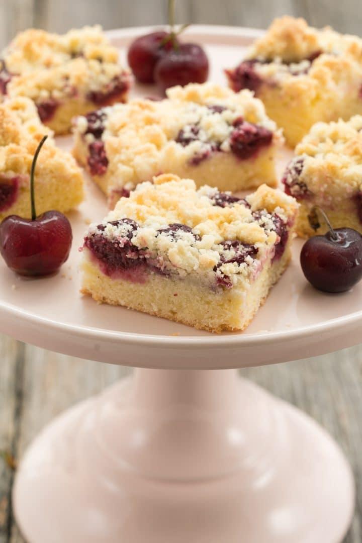 homemade cherry  sheet cake with ceumbles recipe