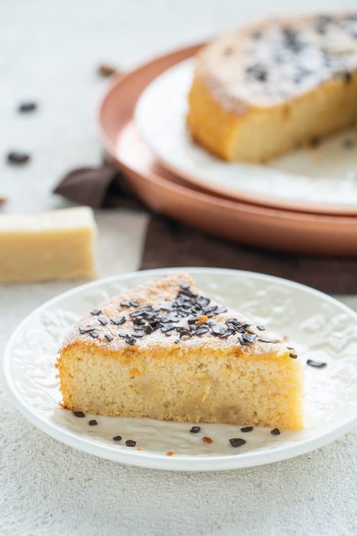 two-ingredient-marzipan-cake