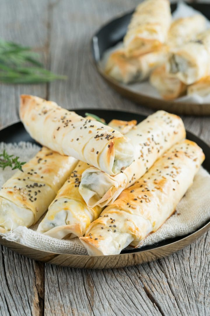 dough rolls from turkish cuisine