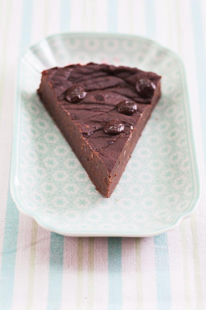 vegan-gluten-free-chocolate-cake
